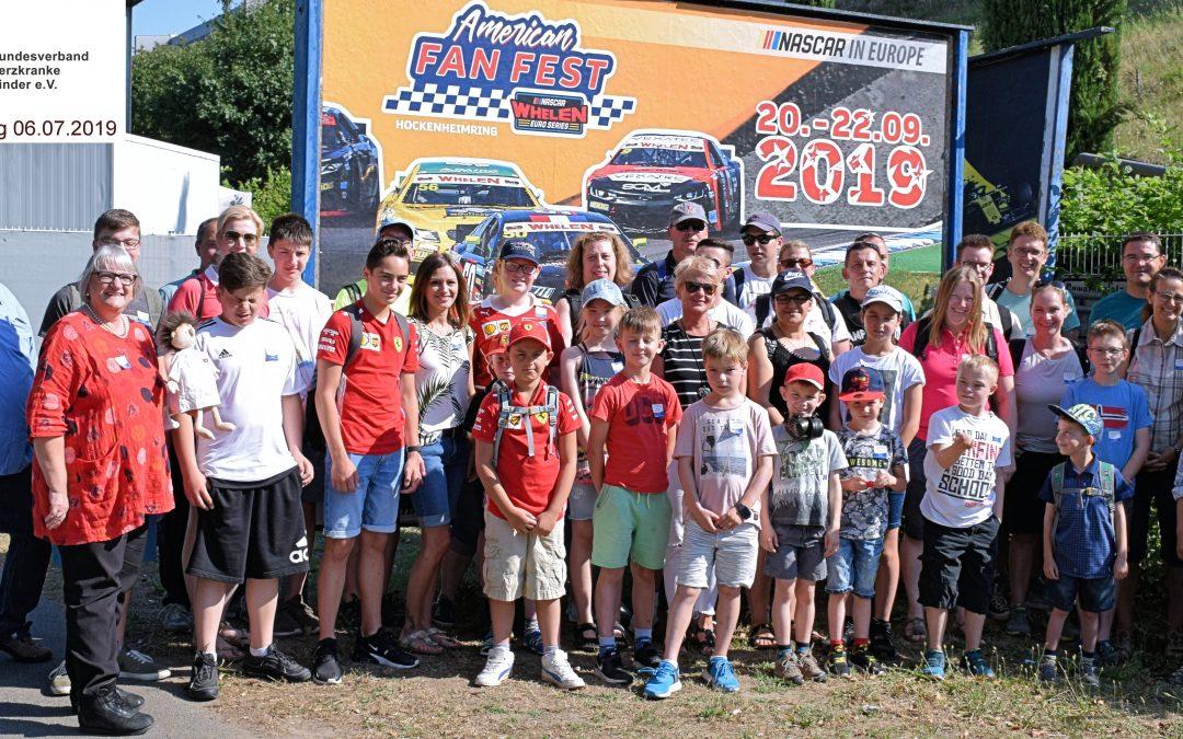 Herzkranke Kinder beim Motorsport
